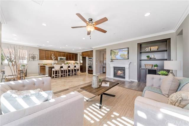 32561 Glick Court, Temecula, CA 92592 (#SW19254965) :: J1 Realty Group