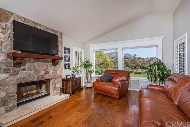 2809 Blackbush Lane, El Cajon, CA 92019 (#SW19250988) :: J1 Realty Group