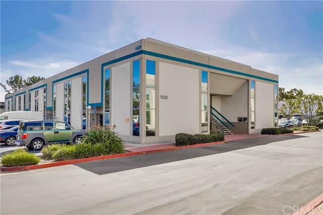 1820 E Garry Avenue 221-D, Santa Ana, CA 92705 (#OC19246025) :: Sperry Residential Group