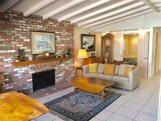 120 Topaz Avenue, Newport Beach, CA 92662 (#NP19253192) :: Fred Sed Group