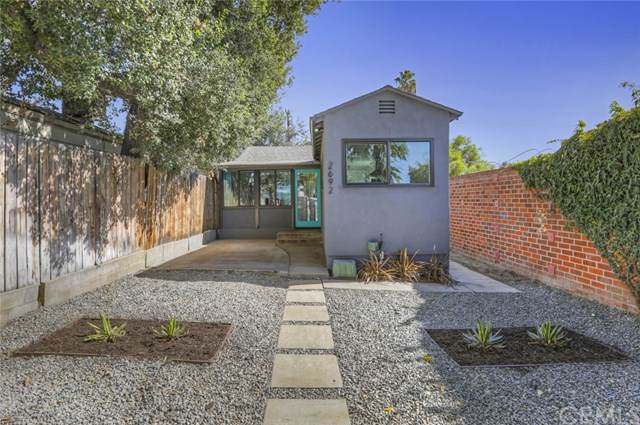 2692 Fair Oaks Avenue, Altadena, CA 91001 (#PF19252920) :: J1 Realty Group