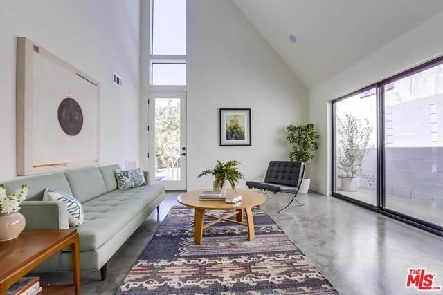 2850 Griffin Avenue, Los Angeles (City), CA 90031 (#19526472) :: Team Tami