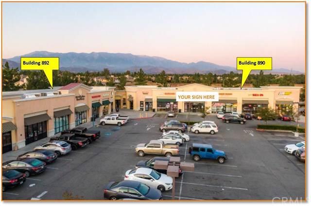 890 Oak Valley - Photo 1