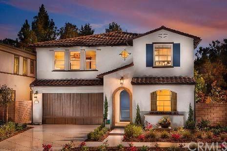 2042 Rembrandt, Santa Ana, CA 92704 (#OC19257826) :: Sperry Residential Group