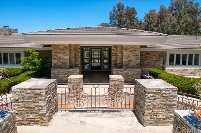 60 Crest Road E, Rolling Hills, CA 90274 (#PV19258616) :: Millman Team