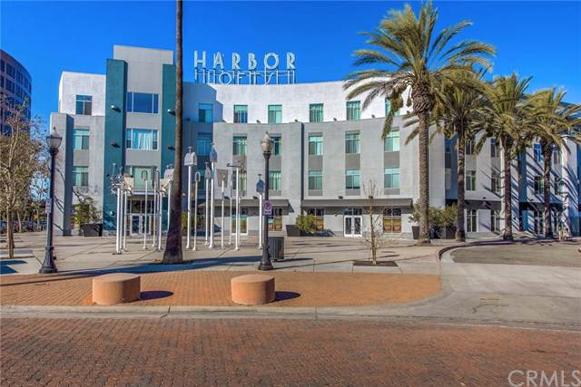 435 W Center Street Promenade #312, Anaheim, CA 92805 (#PW19258537) :: Sperry Residential Group