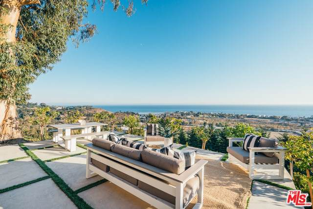 23706 Harbor Vista Drive, Malibu, CA 90265 (#19526780) :: Harmon Homes, Inc.