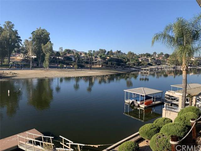 30449 Sea Horse Circle, Canyon Lake, CA 92587 (#SW19258531) :: A|G Amaya Group Real Estate