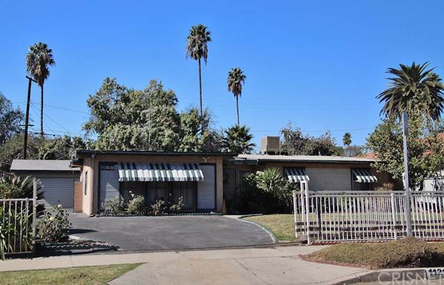 11217 Gothic Avenue, Granada Hills, CA 91344 (#SR19259452) :: Fred Sed Group