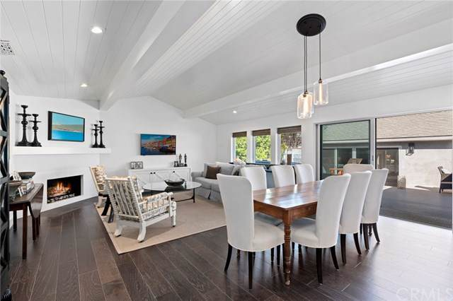 532 Fullerton Avenue, Newport Beach, CA 92663 (#NP19258049) :: Sperry Residential Group