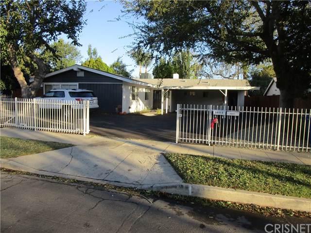 22301 Wyandotte Street, Canoga Park, CA 91303 (#SR19259824) :: Allison James Estates and Homes