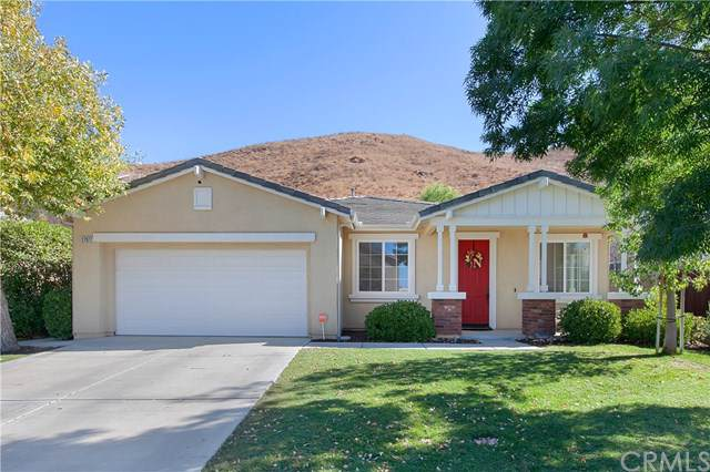 27872 Almont Way, Menifee, CA 92585 (#IV19257099) :: Veléz & Associates