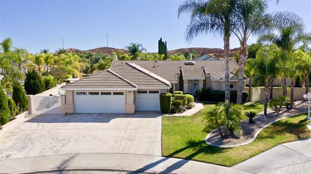 30730 Pier Pointe Circle, Menifee, CA 92584 (#IV19257553) :: Veléz & Associates