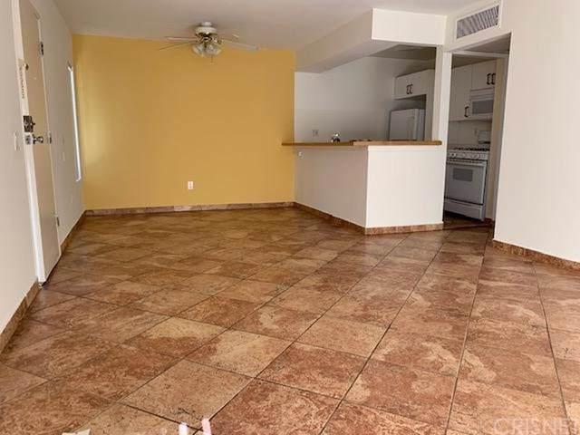 18350 Hatteras Street #119, Tarzana, CA 91356 (#SR19258579) :: J1 Realty Group