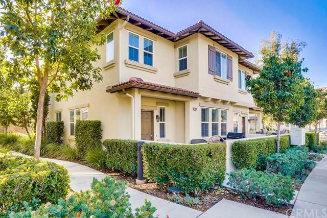 280 W Cork Tree Drive #444, Orange, CA 92865 (#OC19258399) :: Fred Sed Group