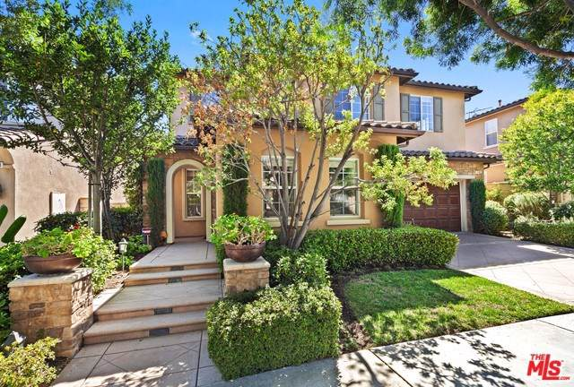 142 Treehouse, Irvine, CA 92603 (#19524352) :: Case Realty Group