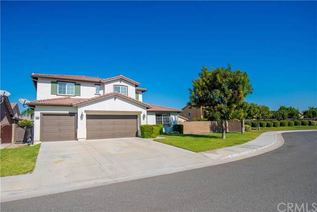 13824 Windrose Avenue, Eastvale, CA 92880 (#IG19247906) :: The DeBonis Team