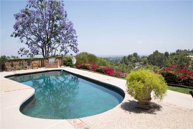 4812 Del Moreno Drive, Woodland Hills, CA 91364 (#SR19260386) :: RE/MAX Estate Properties