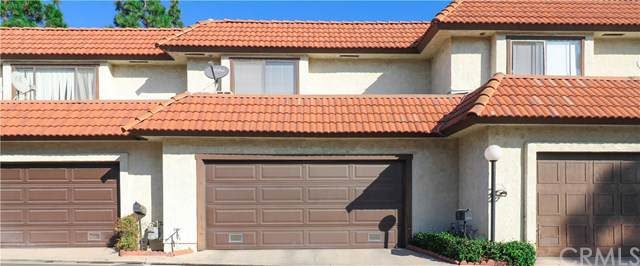 10095 Lola Lane #7, Garden Grove, CA 92843 (#PW19260124) :: Sperry Residential Group