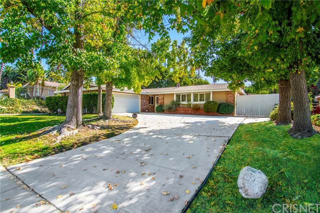 20756 Clarendon Street, Woodland Hills, CA 91367 (#SR19257261) :: RE/MAX Estate Properties