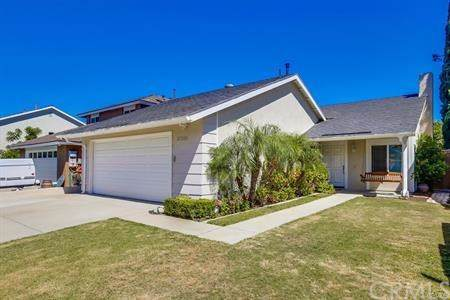 27325 Eastridge Drive, Lake Forest, CA 92630 (#IG19260987) :: J1 Realty Group