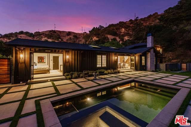 9454 Hidden Valley Place, Beverly Hills, CA 90210 (#19528422) :: DSCVR Properties - Keller Williams