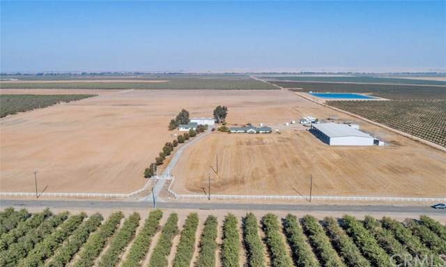 23841 Avenue 26, Chowchilla, CA 93610 (#FR19259705) :: J1 Realty Group