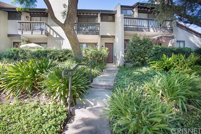 5757 Owensmouth Avenue #4, Woodland Hills, CA 91367 (#SR19261571) :: J1 Realty Group