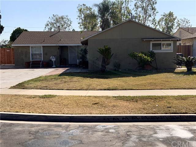 6710 Via Riviera Way, Buena Park, CA 90620 (#PW19234046) :: Blake Cory Home Selling Team