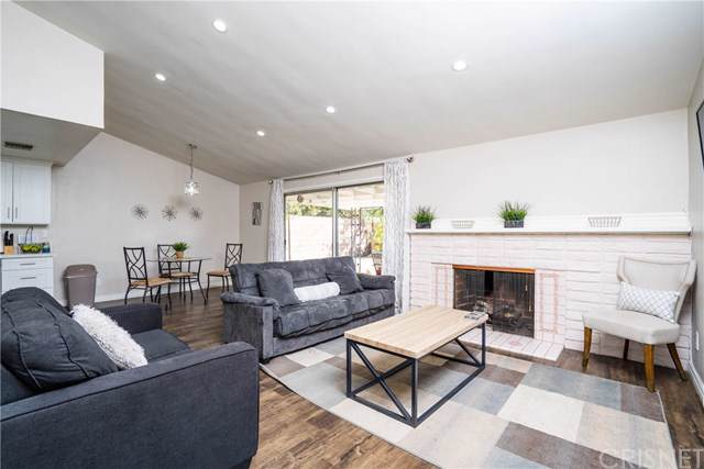 9618 Gerald Avenue, Northridge, CA 91343 (#SR19255998) :: Fred Sed Group