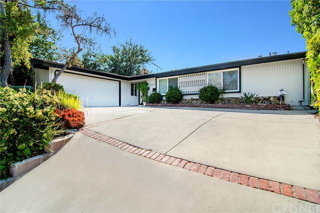 20562 Rhoda Street, Woodland Hills, CA 91367 (#SR19261734) :: J1 Realty Group