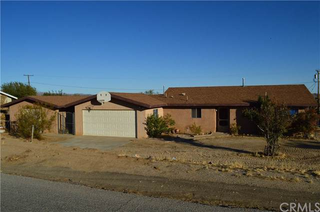 60808 Latham Trail, Joshua Tree, CA 92252 (#JT19262066) :: RE/MAX Innovations -The Wilson Group