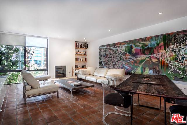 1033 Carol Drive #302, West Hollywood, CA 90069 (#19528858) :: The Najar Group