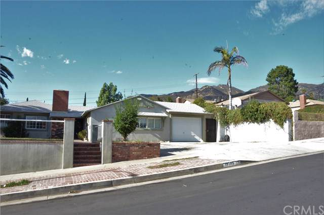 13105 Beaver Street, Sylmar, CA 91342 (#PI19258977) :: Fred Sed Group