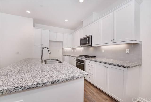 164 Jaripol, Rancho Mission Viejo, CA 92694 (#NP19262340) :: DSCVR Properties - Keller Williams