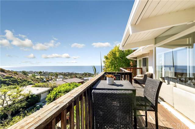1214 Anacapa Way, Laguna Beach, CA 92651 (#LG19261898) :: Team Tami
