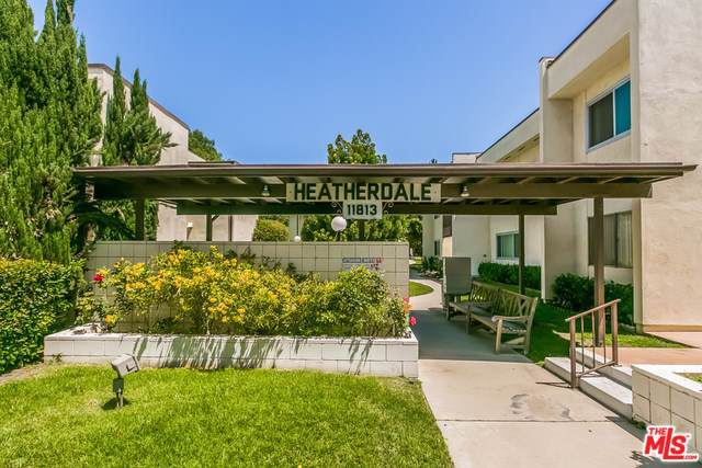11813 Runnymede #53, North Hollywood, CA 91605 (#19529094) :: The Miller Group