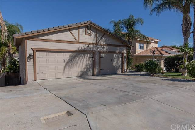 22918 Canyon Lake Drive S, Canyon Lake, CA 92587 (#EV19262486) :: eXp Realty of California Inc.