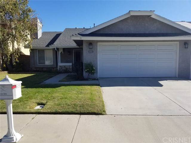 27722 Caraway Lane, Saugus, CA 91350 (#SR19262801) :: The Marelly Group | Compass