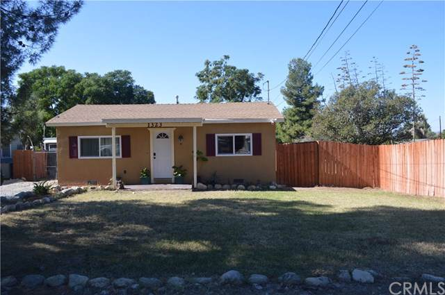 1323 Olivine Avenue, Mentone, CA 92359 (#IG19262605) :: J1 Realty Group