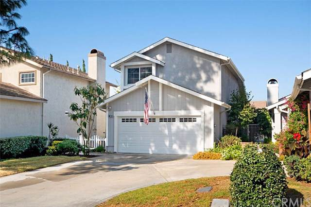 30 Stratford, Irvine, CA 92620 (#PW19262941) :: Fred Sed Group