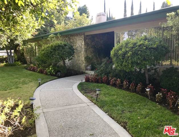 4147 Clear Valley Drive, Encino, CA 91436 (#19529270) :: J1 Realty Group