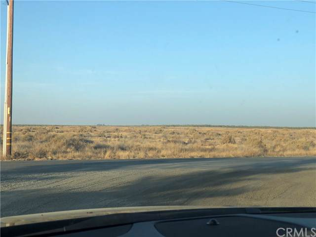 2 Riverside, Shafter, CA  (#AR19263217) :: J1 Realty Group