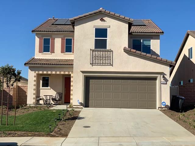 1076 Raven Court, Calimesa, CA 92320 (#219033709PS) :: The Brad Korb Real Estate Group