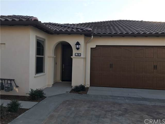 206 Carlow, Irvine, CA 92618 (#CV19263399) :: Case Realty Group