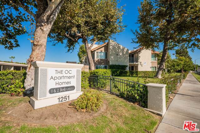 1251 N Placentia Avenue, Anaheim, CA 92806 (#19529540) :: Sperry Residential Group
