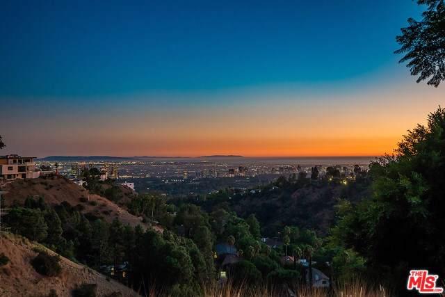 1777 Summitridge, Beverly Hills, CA 90210 (#19529428) :: Steele Canyon Realty