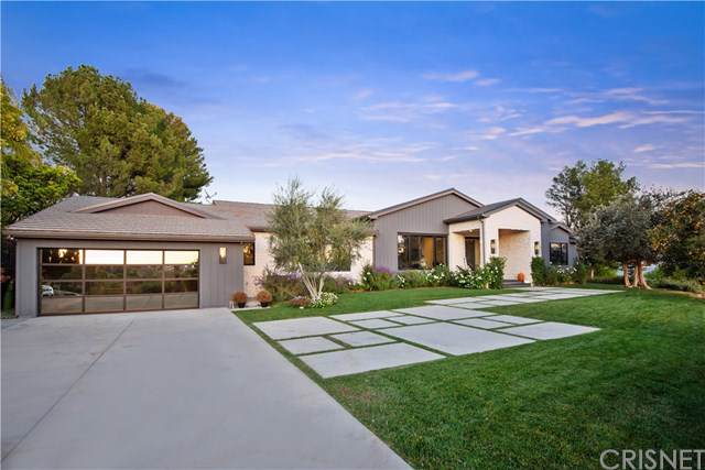5550 Bonneville Road, Hidden Hills, CA 91302 (#SR19263528) :: Steele Canyon Realty