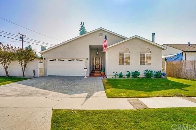 2812 E 220th Place, Carson, CA 90810 (#PW19263660) :: California Realty Experts