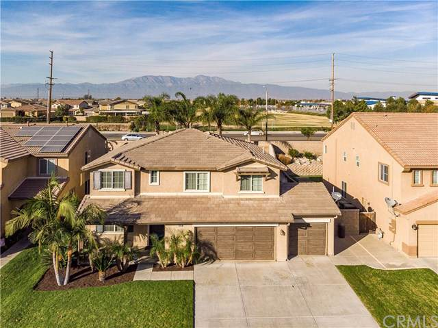 13942 Hollywood Avenue, Eastvale, CA 92880 (#PW19263755) :: The DeBonis Team